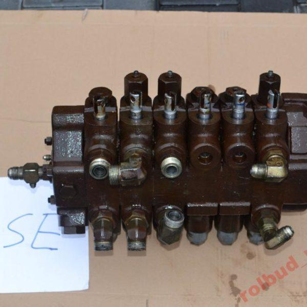 Rozdzielacz Case 580 LPS