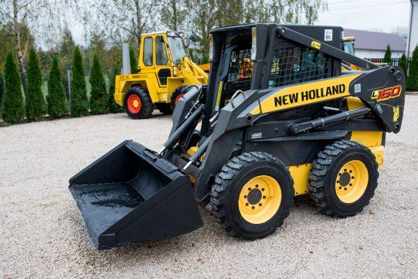 New Holland L160