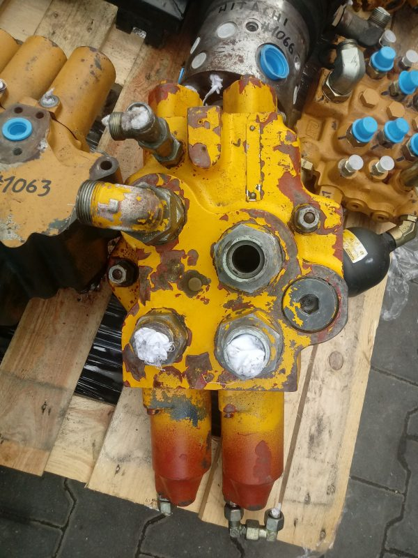 Rozdzielacz hydrauliczny (2 Sekcje)
