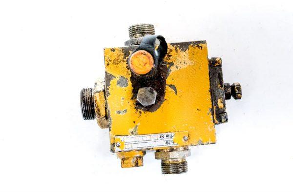 Kostka zawór rozdzielacz hydrauliczny