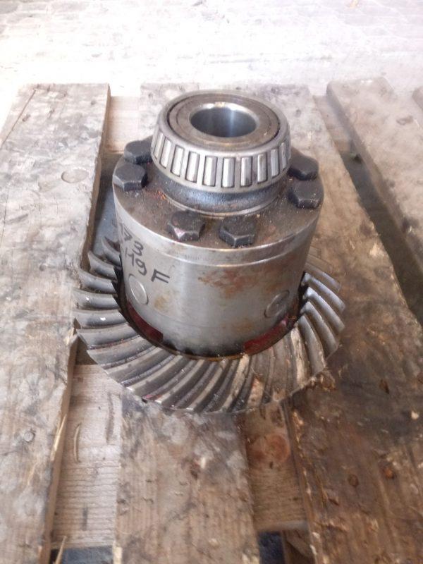 Mechanizm różnicowy Clark Hurth Dana Spicer 19F 32Z